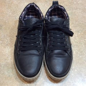 STEVE MADDEN PIPEUR BLACK LEATHER SNEAKERS